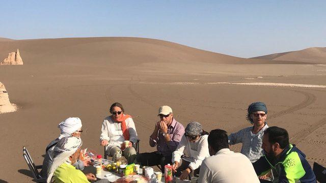 Camping in Lut desert